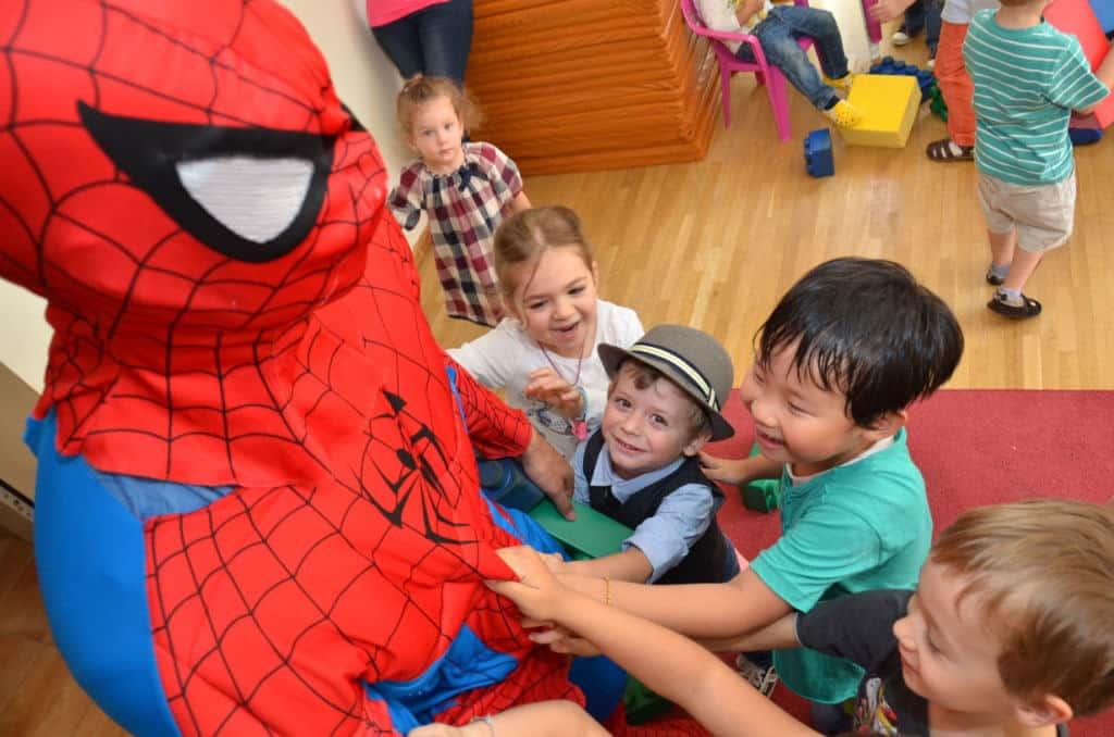 Personaje petreceri copii - spiderman