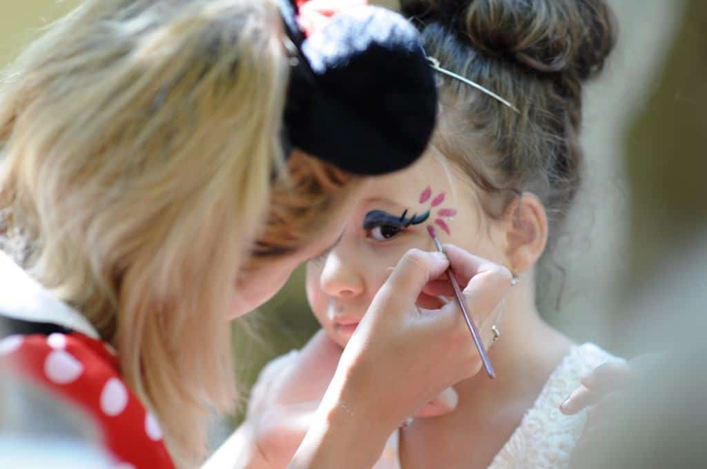Pictura pe fata pentru copii 01